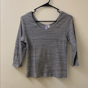 Gray & Black 3/4 Sleeve